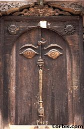 old-door-with-eyes.jpg (13198 bytes)