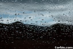 rain-windshield.jpg (12852 bytes)